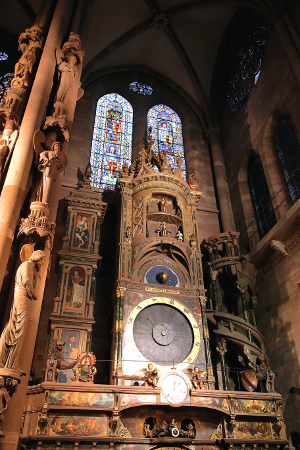 The cathedral's astronomical clock chines every day at 12:30.