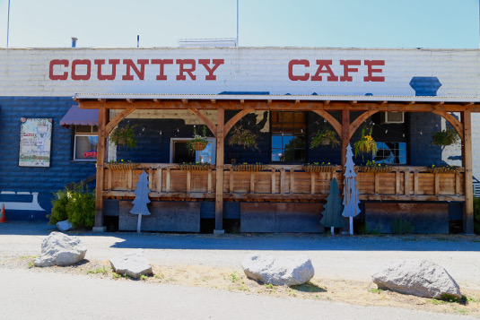 Image of the Foster's Crossing Antique & Country Market in Sandpoint, Idaho