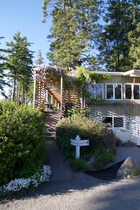 Image of the Willows Inn on Lummi Island