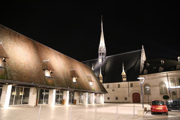 Image of l'Hôtel Dieu in Beaune.