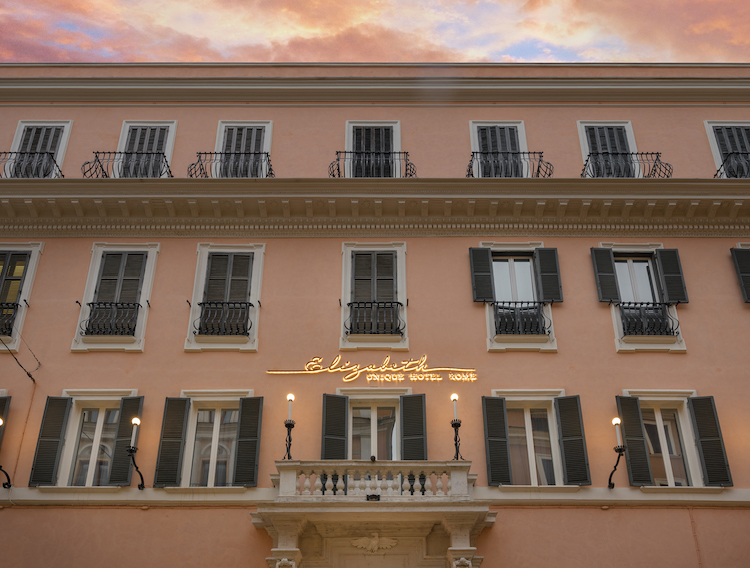 The outside of Elizabeth Unique Hotel in Rome