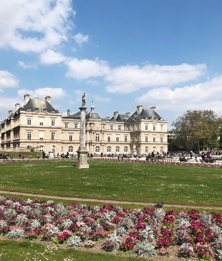 Image of the Luxembourg Gardens in Paris.